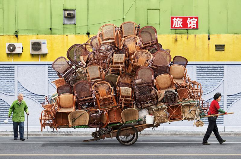 Chair-Moving-Day_FengShuiCreative